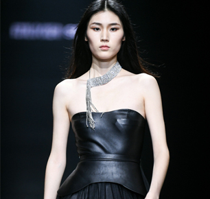 设计无界,产业互联 —— 2019海宁中国国际时装周迈向新时代