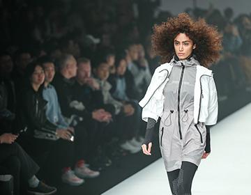 幻构未来,乔丹质燥携Tim Coppens亮相中国国际时装