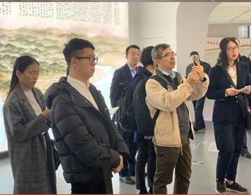 新华丝路:中国宁波的快速发展给东南亚记者留下深刻