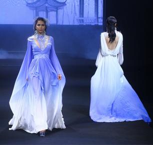 盛泽时尚周秀场直击   高定、箱包、成衣、面料——当园林意境之美与品质设计碰撞