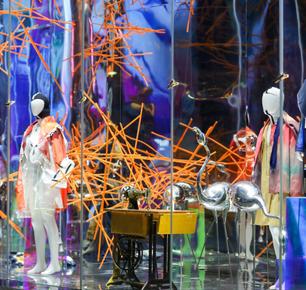 炫丽时尚,中国东方丝绸市场时尚橱窗美陈展示