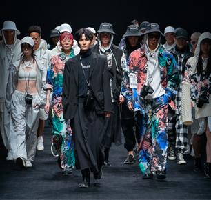 联动线上线下,助力自主品牌,2021秋冬上海时装周正式启幕