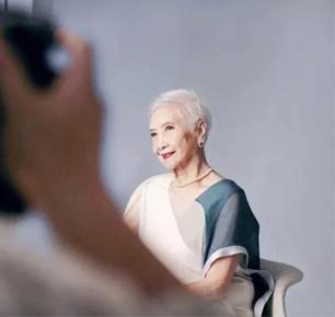 93岁出道当模特?96岁成为当红头牌