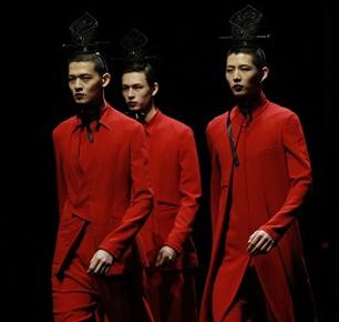 首届国人服饰文化时装节,GUOREN演绎民族时尚!