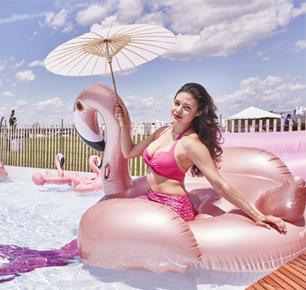 IRIDESCENCE New York 赞助美国纽约夏日大型粉色户外主题活动PINKNIC