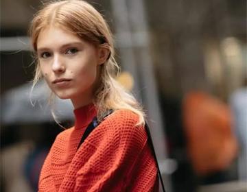 """乌克兰新人模特,因脸上的""""魅力痣""""走红,对这种脸毫"""