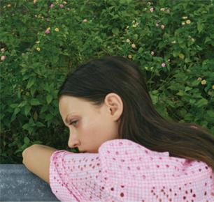 "CK CALVIN KLEIN  2018年春季女装系列  穿越时空的""Gingham餐布格纹""风潮"