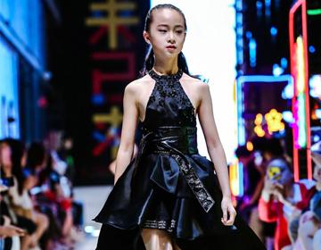 海涛天使梦童装高定大秀亮相2018中国国际儿童时尚