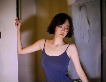清凉吊带大赛评选 吕佳容成功摘获网友最pick的女