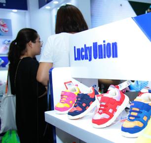 祥同科技2018CBME中国震憾发布3.0版本机能鞋12大功能