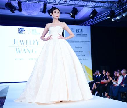 深圳七大时尚产业亮相伦敦时装周,开启全球合作新模
