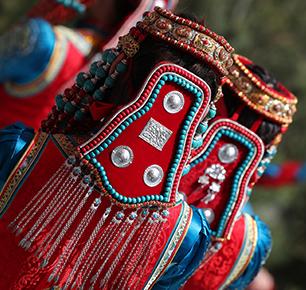 向全世界发出邀请函 !第十六届蒙古族服装服饰艺术节启动