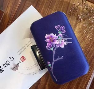 丝绸苏州2019 | 苏州笨鸟刺绣,手工的温暖于心